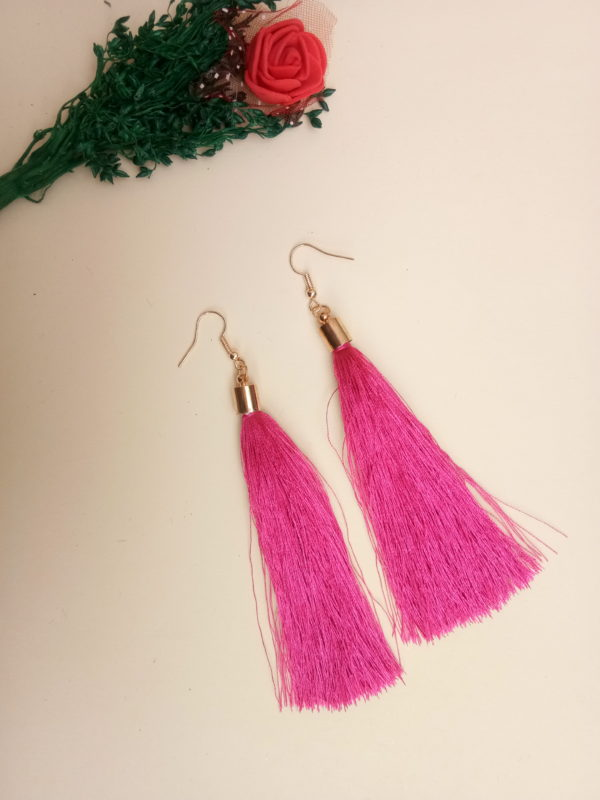 buy handmade magenta colour thread long tassel earrings for women bohemian style dangle earrings with golden cap and ear hooks 99shopmart 99SWET01_10