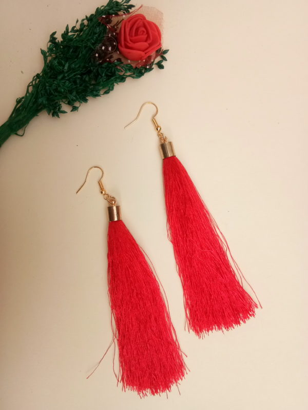 buy handmade red colour thread long tassel earrings for women bohemian style dangle earrings with golden cap and ear hooks 99shopmart 99SWET01_11